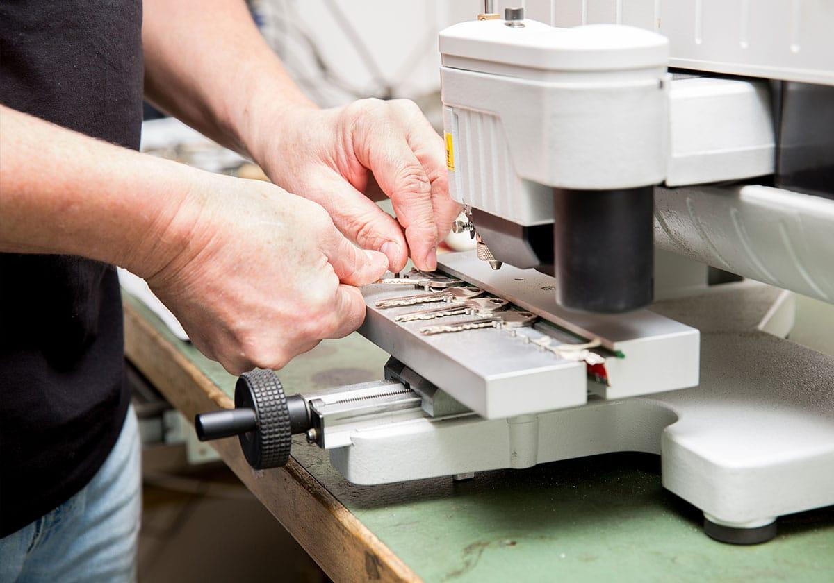 Nyckeltillverkning av låssmed | SafeTeam