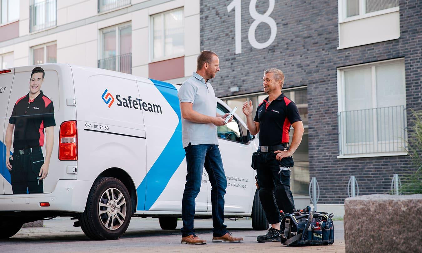 Vi erbjuder svenska säkerhetslösningar för företag.